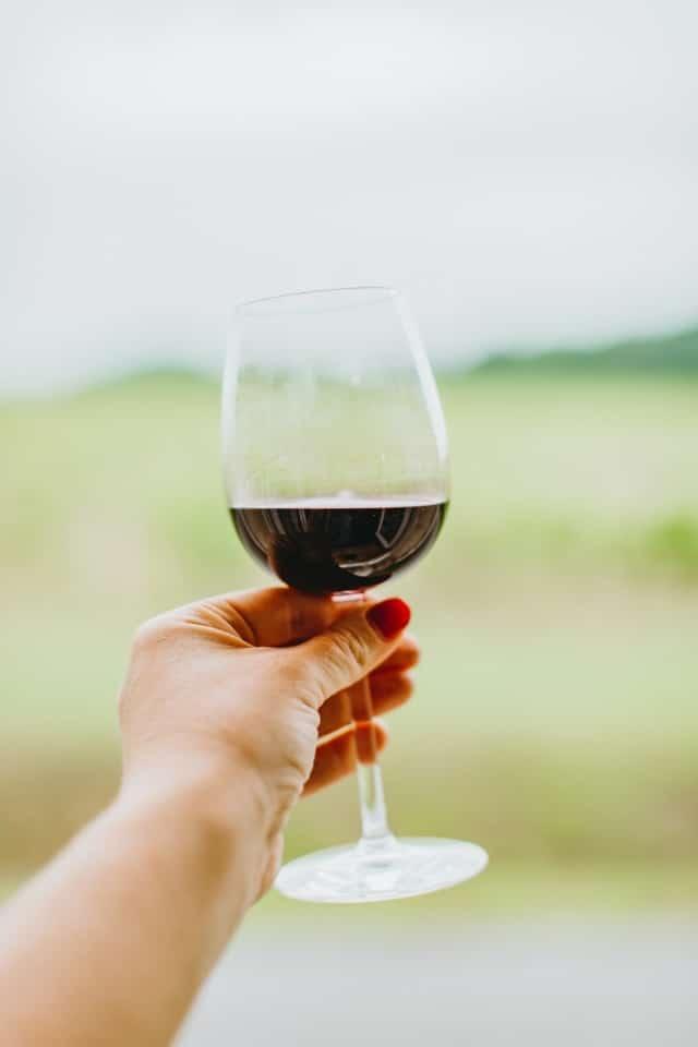red bordeaux wine